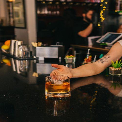 bourbon glass 750
